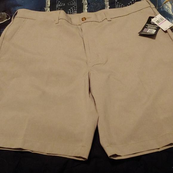 PGA Tour mens light brown shorts
